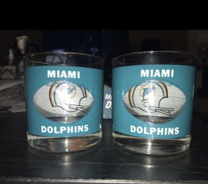 "2 Vintage NFL Miami Dolphins ""Peek A Boo"" Glasses for Sale in Austin, TX"
