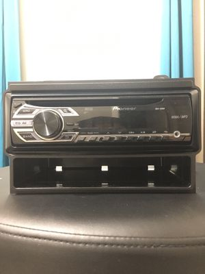 Pioner DEH 150 MP Car Stereo with MP3 for Sale in Houston, TX