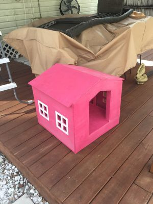 Custom Dog house for Sale in Tampa, FL