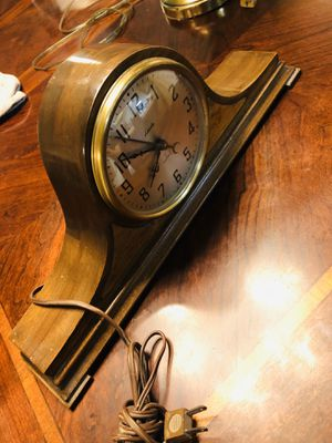 Authentic Antique Lincoln clock for Sale in Fresno, CA