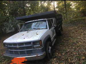 Chevrolet camión 3500 for Sale in Silver Spring, MD