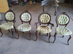 Antique Chairs ! Real Wood! for Sale in Tampa, FL