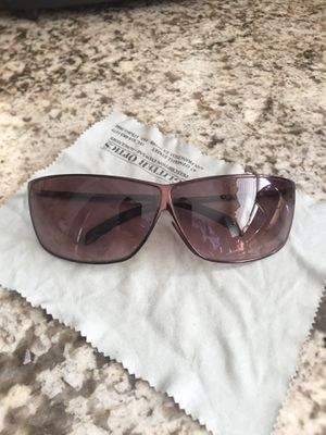Donna Karan Sunglasses for women excellent condition tiny scratch but still very easy to see out of for Sale in San Bruno, CA