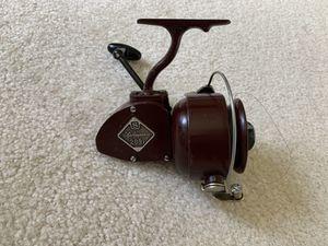 Shakespeare 2091 Model EE Vintage Spinning Reel for Sale in Dickinson, TX