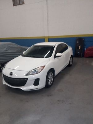 2012 Mazda 3 skyactiv for Sale in Hollywood, FL