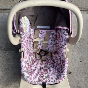 Safety Rear Facing Car Seat For 4-22 Lbs Child for Sale in Poway, CA