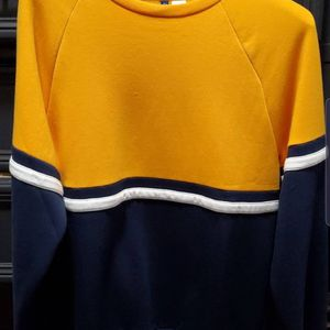 H&M Yellow and Blue Crewneck Sweater for Sale in Tustin, CA