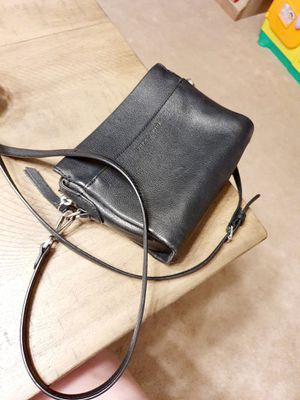 Black small leather shoulder purse. for Sale in Edmonds, WA