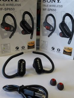 SONY TRUE WIRELESS SPORT HEADPHONE 😁🏃♀️ RECHARGABLE WITH LONG LASTING BATTERY 🔋👍😁 FOR CALLS 📞 AND MUSIC 🎶 VERY GOOD SOUND QUALITY ✅👍 for Sale in Huntington Park,  CA