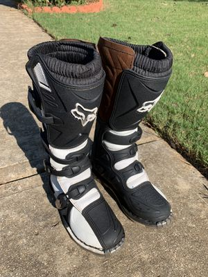 Fox Girls tracker boots Size W7 $40 price Firm for Sale in Flowery Branch, GA