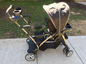Graco Click Connect Sit N Stand Double Stroller for Sale in Fairfax, VA