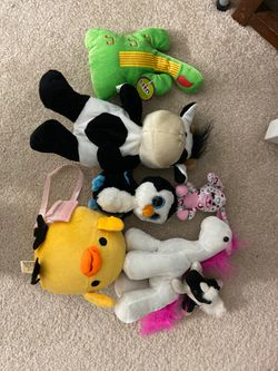 Set of 7 Plushie Soft Toys (Variety, not all shown in picture) for Sale in Springfield,  VA