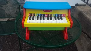 Melissa and Doug piano for Sale in Naugatuck, CT