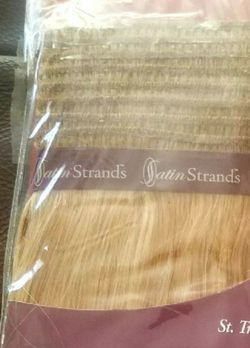 Hair Extensions Human Hair (1 Pack / St. Tropez) for Sale in Mountlake Terrace,  WA
