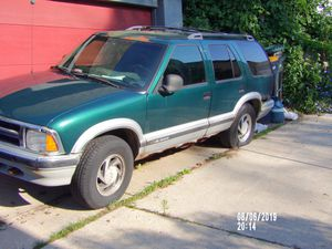 1997 Chevy blazer lt for Sale in Milwaukee, WI
