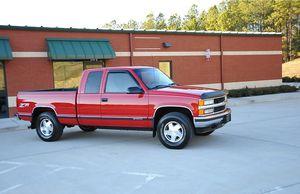 1998 clean condition chevrolet silverado z71 4x4 for Sale in Virginia Beach, VA