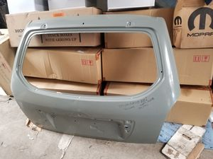 2005 to 2009 Hyundai Tucson Tailgate Shell New Oem parts for Sale in Paramount, CA