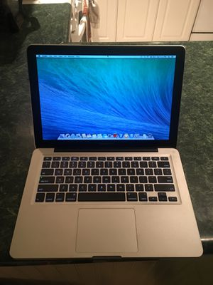 MacBook Pro 13inches good condition 4gb i5 285 for Sale in Chicago, IL