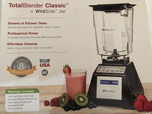 BLENDTEC TOTAL BLENDER, W/ WILDSIDE JAR for Sale in Cypress, TX