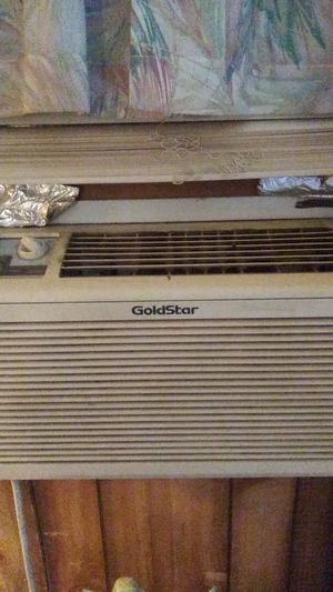 Goldstar air conditioner for Sale in Nashville, TN