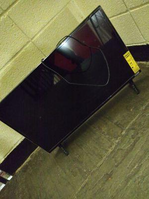 40 inch Vizio Smart TV for Sale in Washington, DC