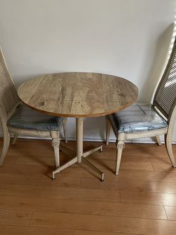 Breakfast Room Table With Two Chairs for Sale in Inglewood,  CA