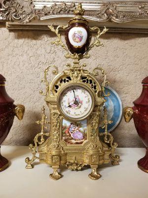 Beautiful antique bronze clock for Sale in Tampa, FL