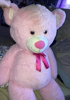 Giant pink teddy bear stuffed animal 🧸 for Sale in Lancaster, CA