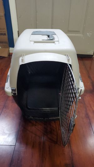 Dog travel crate for Sale in La Vergne, TN