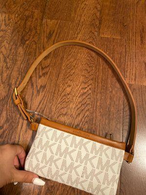 Michael Kors purse for Sale in DeSoto, TX