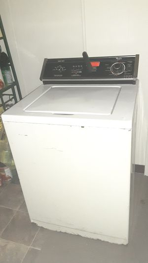 Washer for Sale in Akron, OH