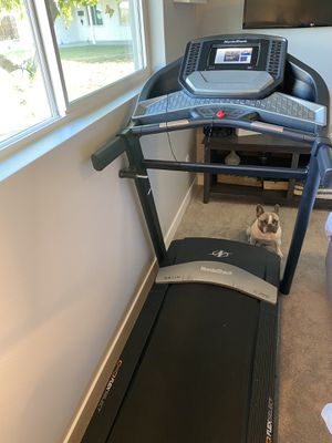 NordicTrack C700 Smart Fold-Up Touch Screen Treadmill for Sale in Tempe, AZ