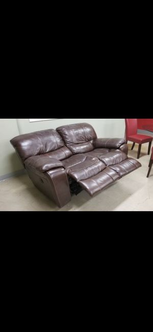 Real leather loveseat Furniture for Sale in Chicago, IL