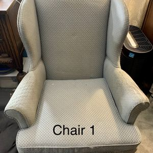 Two Chairs for FREE! for Sale in Auburn, WA