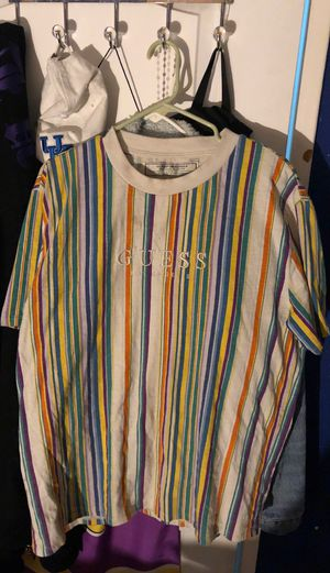 GUESS SHIRT for Sale in Los Angeles, CA