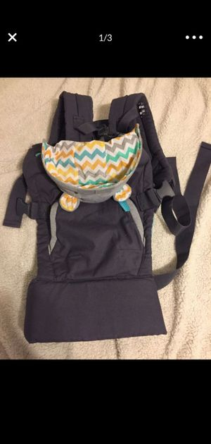 Baby carrier for Sale in OLD RVR-WNFRE, TX
