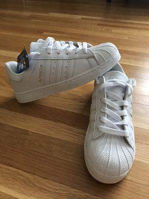 Women's Adidas originals white Sz. 6 1/2 for Sale in Philadelphia, PA