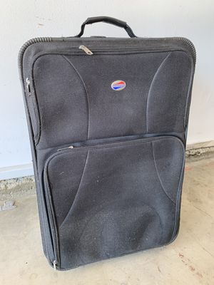American tourister luggage 🧳 for Sale in Hemet, CA