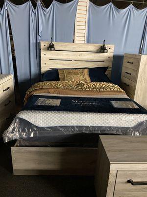 QUEEN BEDROOM SET for Sale in Delanco, NJ