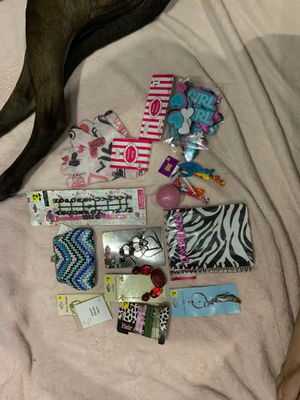 Girls Accessory Lot #3 for Sale in Painesville, OH