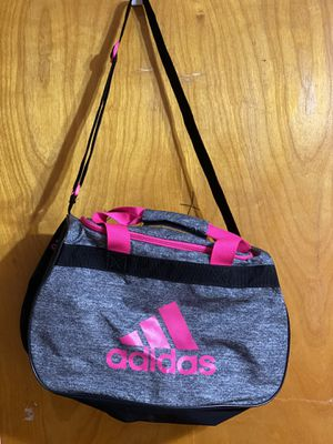 Adidas duffle bag for Sale in Queens, NY