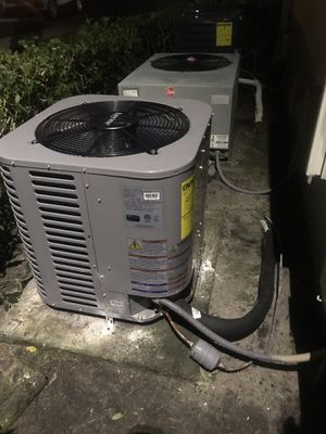 2.5 ton split system air conditioner $1800.00 for Sale in Fort Lauderdale, FL