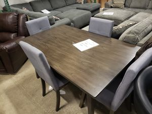DISPLAY Dining table and 4 chairs tax included and free delivery for Sale in Hayward, CA