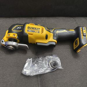 DEWALT 20v MAX XR 3-Speed Brushless Oscillating Tool (Tool Only) New for Sale in San Diego, CA