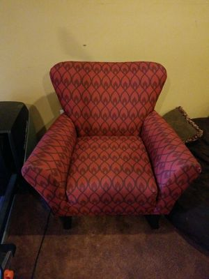 Accent chair for Sale in Newport News, VA