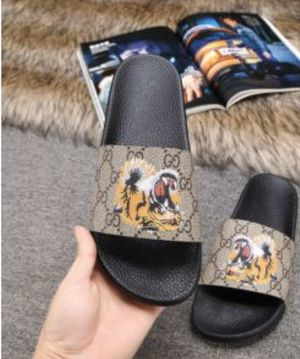 Gucci Flip Flops tiger for Sale in Beverly Hills, CA