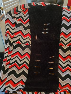 Handmade car seat cover red and black chevron print for Sale in Louisville, KY