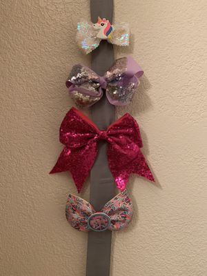 Cheer bows for Sale in Orosi, CA