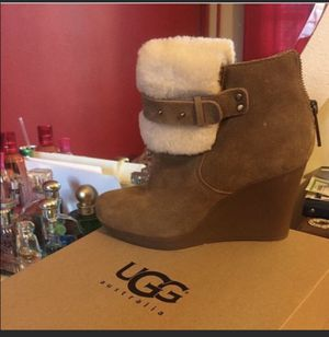 Ugg wedges swayed for Sale in New York, NY