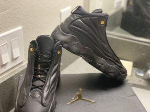 Limited editions black and gold jordan 13's for Sale in Las Vegas, NV